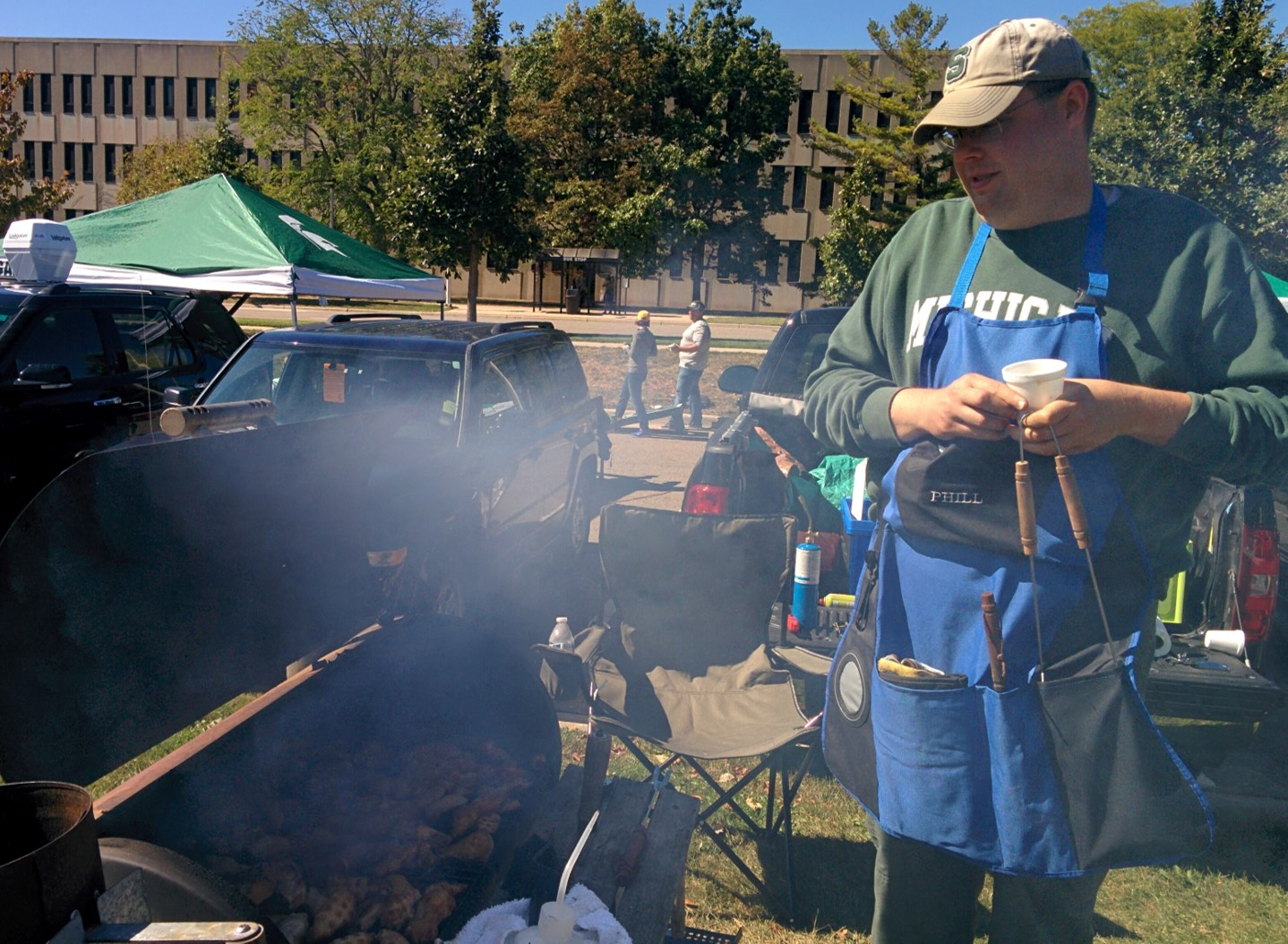 Grillmaster Phil at the MSU MMG tailgate